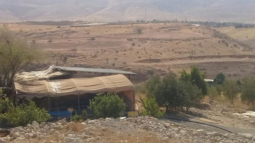 (Una veduta della casa e del terreno di Hayel Bisharat il 10 settembre 2021, immagine per gentile concessione di Mahmoud Bisharat)