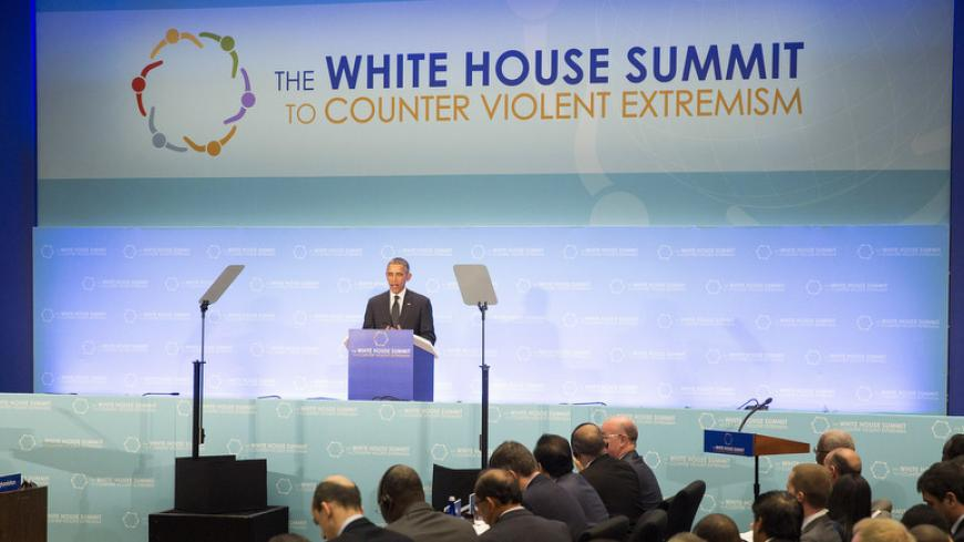 U.S. President Barack Obama speaks during the White House Summit on Countering Violent Extremism at the State Department in Washington February 19, 2015.      REUTERS/Joshua Roberts    (UNITED STATES - Tags: POLITICS CRIME LAW CIVIL UNREST) - RTR4Q9O7