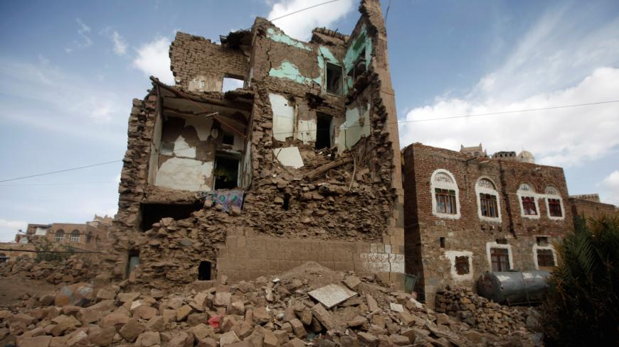 A destroyed house is seen at a site which the Houthi-led authorities say was hit by a Saudi-led air strike at the old quarter Sanaa, Yemen September 27, 2019. REUTERS/Mohamed al-Sayaghi - RC14219730A0