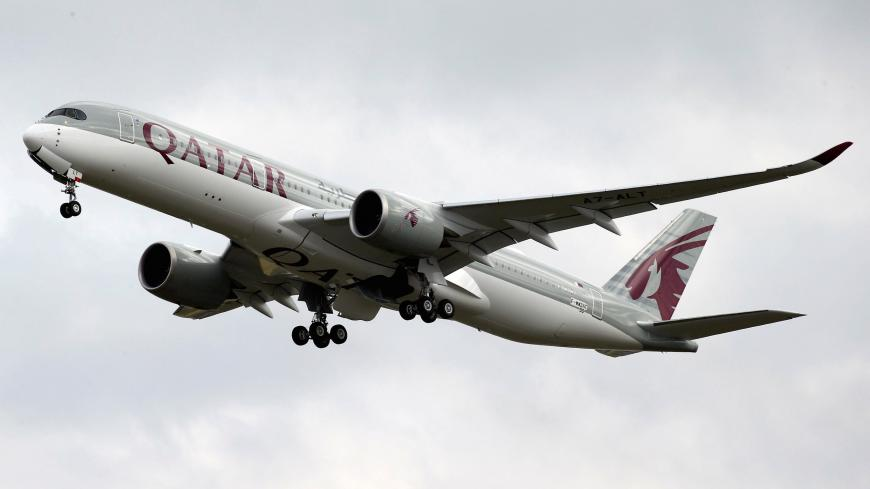 A Qatar Airways Airbus A350-900 aircraft takes off in Colomiers near Toulouse, France, October 19, 2017. REUTERS/Regis Duvignau - RC1784E6CD40