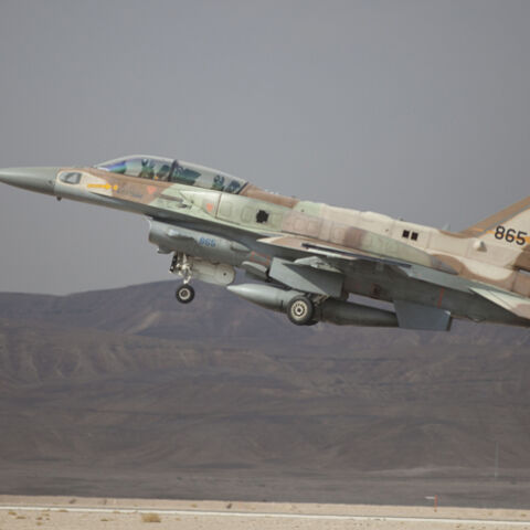 EILAT, ISRAEL - DECEMBER 09:  An Israeli F-16 jet takes off on December 9, 2014 at the Ovda airbase in the Negev Desert near Eilat, southern Israel. Israel and Greece concluded a Joint Air Forces drill during the joint IDF-Hellenic Air Force drill week. On Sunday, official Syrian media reported that Israeli jets had bombed targets near Damascus International Airport and in the town of Dimas, north of Damascus and near the border with Lebanon.  (Photo by Lior Mizrahi/Getty Images)