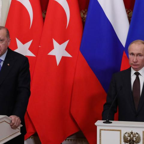 Russian President Vladimir Putin and Turkish President Tayyip Erdogan attend a news conference following their talks in Moscow, Russia March 5, 2020. Sputnik/Mikhail Klimentyev/Kremlin via REUTERS ATTENTION EDITORS - THIS IMAGE WAS PROVIDED BY A THIRD PARTY. - RC2UDF9MRZQ9