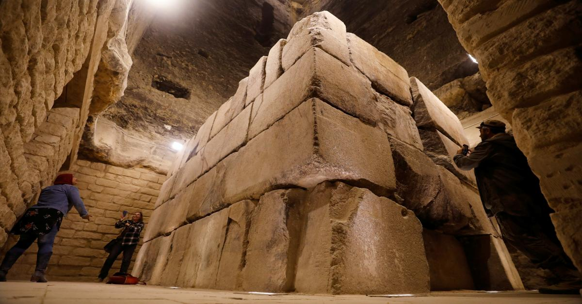 Egypt Makes Major Archaeological Discovery Amid Coronavirus Crisis Al Monitor The Pulse Of The Middle East